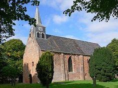 De huidige kerk is het overblijfsel van een oorspronkelijk laatromaanse kruiskerk | Andreaskerk   Westeremden | Groningen