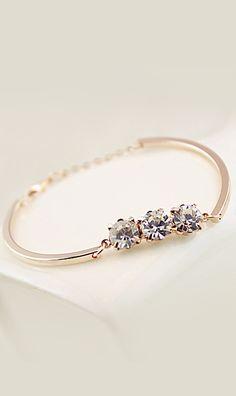 Classic zircon bracelet 03318