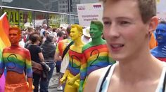 CSD Parade Frankfurt - Grenzen überwinden Brücken schlagen... Liebe gewinnt! Impressionen von der CSD Parade am 16.07.2016 durch die Frankfurter Innenstadt. Drei Tage lang haben wir mit euch Präsenz gezeigt, demonstriert, aber auch gefeiert und emotionale Momente durchlebt. #csd #csdfrankfurt #gay #homo #lesbian #lesbisch #schwul #lgbt #gayday #liebegegenrechts #liebegewinnt #frankfurt #frankfurtammain #bembeltown #rainbow #regenbogen #parade #cdsparade #aids #hiv