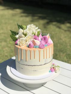 30th Birthday Cake #seminakedcake #dripcake #meringues #chocolatemudcake