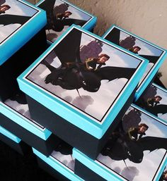How to Train your Dragon Party Favour Boxes Dragon Birthday Parties, Dragon Party, Birthday Party Themes, Birthday Ideas, Toothless Party, Dragon Baby Shower, Viking Party, Dragon Movies, Dinosaur Party