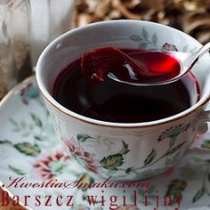 Pure Red Borsch with Mushrooms - Soup _ very Polish Polish Christmas Traditions, Polish Soup, Heritage Recipe, Christmas Eve Dinner, Hungarian Recipes, Polish Recipes, Southern Recipes, International Recipes, Holiday Recipes