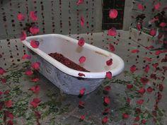 Baño de rosas Bathtub, Bathroom, Roses, Standing Bath, Washroom, Bathtubs, Bath Room, Bath, Bathrooms