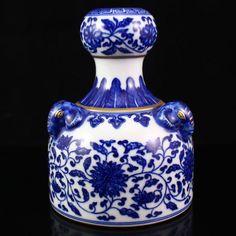 Chinese Gilt Edges Blue And White Porcelain Vase