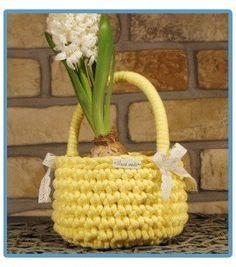 ręcznie robiony koszyk marika handmade ze sznurka bawełnianego