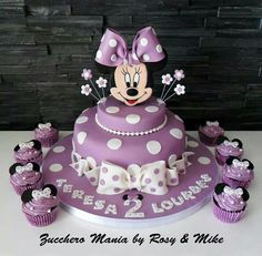 Pin by Teresa Tate on Party themes Pinterest Mouse cake Minnie