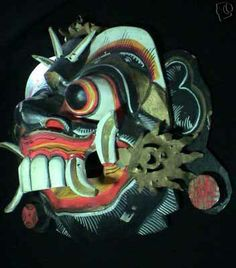 Indonesian Masks | Another traditional Indonesian mask of Ravana