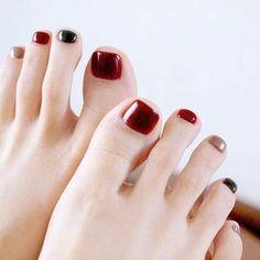 OLYMPUS DIGITAL CAMERA Pedicure Colors, Manicure Y Pedicure, Nail Colors, Feet Nail Design, Toe Nail Designs, Love Nails, Pretty Nails, My Nails, Feet Nails