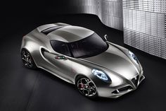 Alfa Romeo 4C wins design award. No surprise on that department...