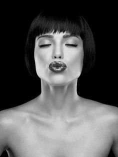 Carolina Jorge Benoliel for magazine Big Kiss, Model Face, Face Expressions, Photography Poses, White Photography, Sexy, Monochrome, Cool Photos, Black And White