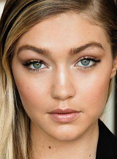 Gigi Hadid: close-up on the Maybelline spokesmodel's MMVA makeup.