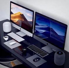 Home Office Furniture: Choosing The Right Computer Desk Computer Desk Setup, Gaming Room Setup, Pc Setup, Pc Computer, Imac Desk, Imac Laptop, Apple Desktop, Home Office Setup, Study Office
