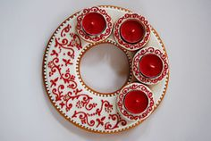 Valentine Cookies, Christmas Cookies, Valentines, Advent Wreath, Ornament Wreath, Xmas Crafts, Diy Crafts, Advent Candles, Decoration Table