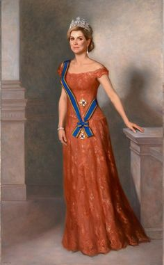 HM Queen Maximà of The Netherlands, consort of HM King Willem-Alexander. King Of Netherlands, Dinner Gowns, Estilo Real, Royal Queen, Her Majesty The Queen, Royal Dresses, Nassau, Queen Maxima, Royal Fashion