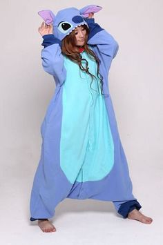 Aloha Stitch Kigurumi!!! I need this onesie in my life. Adult Pajamas, Onesie Pajamas, Cute Pajamas, Pyjamas, Pjs, Stich Onesie, Cute Onsies For Teens, Stitch Pajamas, Animal Costumes