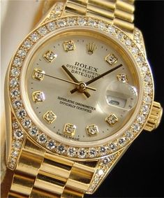 Rolex...Beautiful watch❤ I would like to upgrade my watch to the Rolex someday when I succeed my life❤