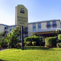 Set in a prime location of Orlando (FL), Monumental Movieland Hotel puts everything the city has to offer just outside your doorstep. The property features a wide range of facilities to make your stay a pleasant experience. To be found at the hotel a Great Hotel, At The Hotel, Orlando Florida, Hotel Orlando, Florida Fl, Wild Water Park, Visit Florida, Hotel Stay, Hotel Suites