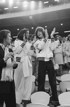 Bianca and Mick Jagger applaud the victory of Cuban athlete Alberto Juantorena, who won the 400 m race, new olympic record. Bianca Jagger, Mick Jagger, Montreal, Olympic Records, 1976 Olympics, 400 M, Moves Like Jagger, Stone World, Original Supermodels