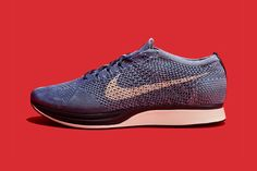 8d79d6fef879e A Closer Look at the Indigo-Dyed Nike Flyknit Racer