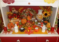 DEBBIE-DABBLE BLOG: Fall/Halloween in the Kitchen and Powder Room