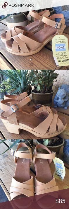 TOMS Beatrix clogs, size 6, NWT! TOMS Beatrix clogs, size 6, NWT! TOMS Shoes