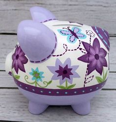 The Little Couple, Pig Bank, Cerámica Ideas, Personalized Piggy Bank, E Magazine, Newspaper Crafts, Pottery Painting, Baby Shower Gifts, Decoupage