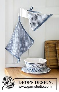 Afternoon Tea / DROPS - Free knitting patterns by DROPS Design - Knitted potholders with interrupted pearl pattern and knitted hanger. The piece is worked in DROPS - Drops Design, Knitting Stitches, Knitting Patterns Free, Free Knitting, Crochet Patterns, Moss Stitch, Seed Stitch, Yarn Projects, Knitting Projects