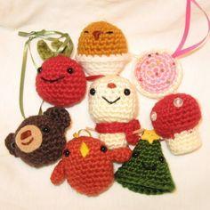 Xmas Tree Ornaments - amigurumi crochet pattern.
