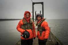 André Borschberg & Bertrand Piccard, co-founder and pilots of Solar Impulse during their sea in Do you know why the had to train in the open Ask your Two Men, Environmental Issues, Pilots, Cool Pictures, Solar, Survival, Germany, Winter Jackets, Training