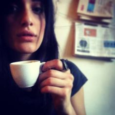 Levante beve un caff�