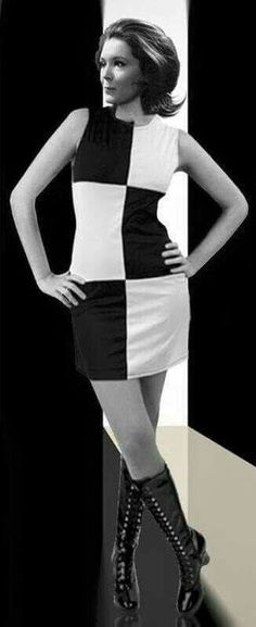 Vintage Fashion English actress Diana Rigg rose to fame in the playing British spy Mrs Emma Peel in the telly show The Avengers (aired Sixties Fashion, Mod Fashion, Vintage Fashion, 1960s Fashion Women, 1969 Fashion, Cheap Fashion, Trendy Fashion, Emma Peel, Diana Riggs