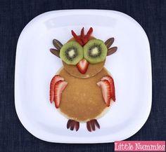 Tortitas americanas y fruta para niños ¡comida divertida!
