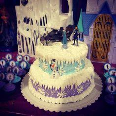 Aubree's Frozen Birthday cake