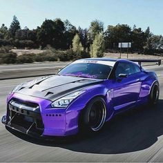 Purple GTR with carbon fiber hood yesssss works so well together Nissan Gt R, Nissan Gtr Nismo, Bugatti, Porsche, Nissan Gtr Skyline, Tuner Cars, Japanese Cars, Modified Cars, Amazing Cars