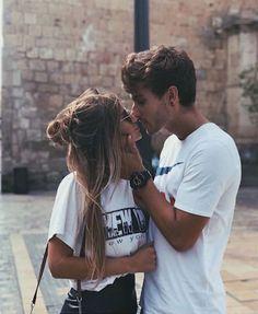 Cute pinterest: Marina Muñoz Fun Loving, Dorm Decorations, Cute Couples, Relationship Goals, Couple Photos, Couple Goals, Dorm Room, Dorm, Good Relationships