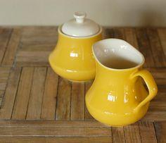 adorable Creamer & Sugar Bowl - love the yellow!