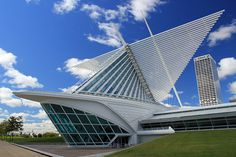 Calatrava-Milwaukee Art Museum