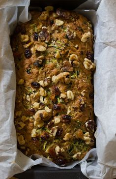 An easy recipe for whole grain zucchini bread with honey & walnuts. This zucchini loaf is lightly sweet, subtly spiced and and full of soft and crunchy bits. Zuchinni Bread, Healthy Zucchini Bread, Healthy Homemade Bread, Zucchini Desserts, Zucchini Loaf, Healthy Snacks, Healthy Recipes, Eat Healthy, Deserts