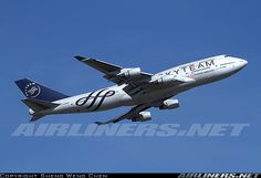 Boeing 747-409 aircraft picture