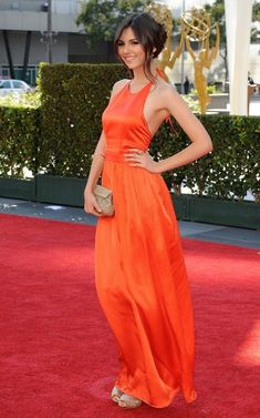 Victoria Justice Photo - 2012 Primetime Creative Arts Emmy Awards