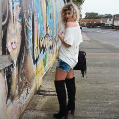 @thefashionache aus UK #styled4justfab  feat. Drapey Open Back Tee Audenne alternativ Michael Cutoff Shorts  #100lookscampaign #style #look #girls #fancy #fashion #fashionblogger #Blogger #Lifestyle #stylish #justfab
