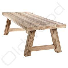 De oud eiken tafel Milaan tussen de robuuste tafels van Oldwood zijn van top kwaliteit. Voor uw robuuste tafels zit u bij Oldwood goed.