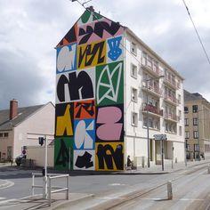 Our curator knows what street works are relevant today from - Artwork by Erosie for Juxtapoz x Urban Nation in Berlin Murals Street Art, Street Art Graffiti, Graffiti Artists, Mises En Page Design Graphique, Art Public, Art Berlin, Urbane Kunst, New York Graffiti, Mural Wall Art