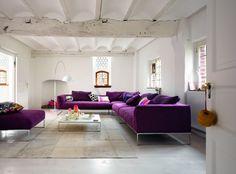 Wohnideen Wohnzimmer Design Sofa Set Purpur Dekokissen Couchtisch
