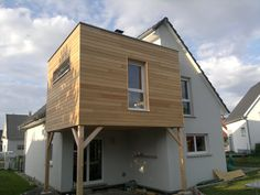 House after building the wood frame extension Facade Design, Architecture Design, Garage Extension, Building Extension, House Extensions, Modern House Design, Bungalow, Building A House, Home And Family