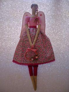 Angela Maria Artesanto: Boneca Tilda