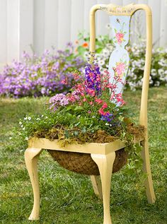 6 DIY Chair Planter Ideas Repurpose an old chair into a statement-making garden planter full of your favorite flowers! Garden Chairs, Garden Planters, Chair Planter, Old Chairs, Dining Chairs, Rattan Chairs, White Chairs, Vintage Chairs, Diy Chair