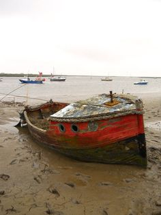 Orford Ness abandoned boat © bex shaw 2013