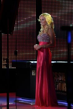 Lacey Jones Show Openers for the Aussie Millions Poker Tournaments TV Host