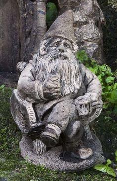 Gribblegrin Statue